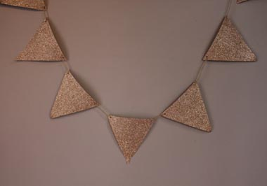 P021-gold glitter bunting