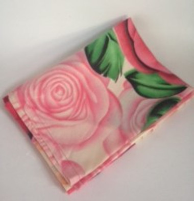 rose-tablecloth