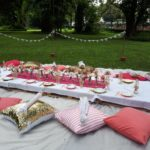 PINK AND GOLD BRIDAL PICNIC