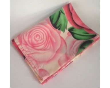 KZN067- ROSE TABLECLOTH<br/>(R30 each to hire)