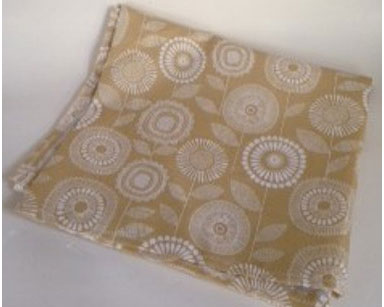 KZN073 &#8211; BEIGE TABLECLOTH <br/>(R30 each to hire)