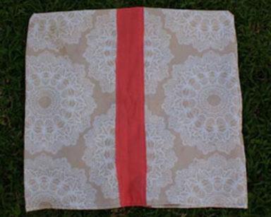 KZN028 &#8211; Multicolour Pillow Case <br/>(R20 each to hire)