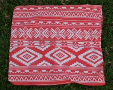 KZN032 &#8211; Coral aztec pillow case <br/>(R20 each to hire)