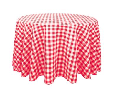 GP011 RED AND WHITE CHECKERED TABLECLOTH (R35 each to hire)