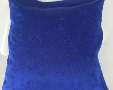 KZN059 – BLUE ROSE PATTERN CUSHION (R20 to hire)