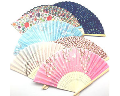 KZN037-VARIETY OF CHINESE FANS (R15 each to hire)