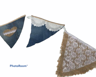 KZN041 – DENIM HESSIAN LACE BUNTING (R35 to hire)