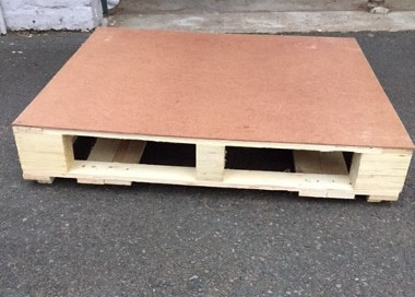 KZN044 – PALLET TABLE (R60 each to hire)