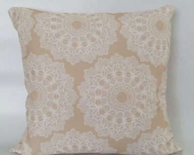 KZN075 – FLORAL BEIGE CUSHION (R20 each to hire)