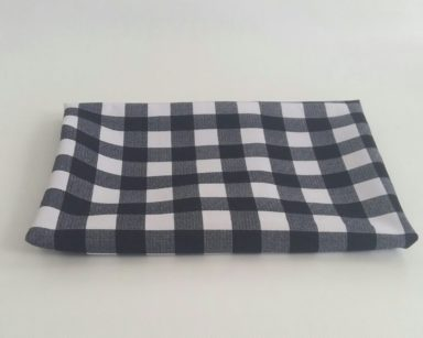 GP024 – BLACK AND WHITE CHECKERED TABLECLOTH (R35 each to hire)