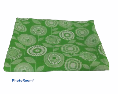 KZN071 – GREEN FLORAL TABLECLOTH (R35 to hire)