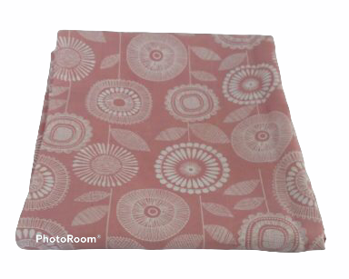 KZN073 – LIGHT PINK TABLECLOTH (R35 to hire)