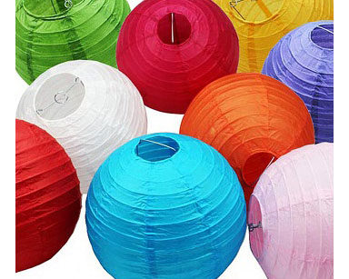 KZN080 – VARIETY OF CHINESE LANTERNS (R20 each to hire)