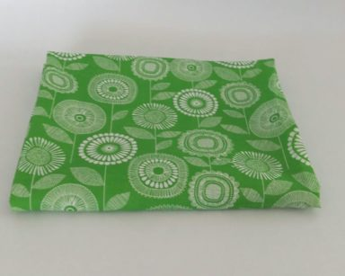 KZN079 – GREEN FLORAL TABLECLOTH (R35 to hire)