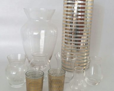 KZN071 – SELECTION OF VASES (R25 to hire)