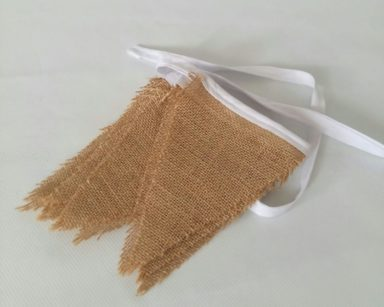 GP028 – HESSIAN BUNTING (R45 to hire)