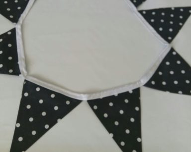 GP030 – BLACK AND WHITE POLKA DOT BUNTING (R45 to hire)