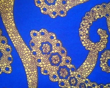 GP033 – BLUE AND YELLOW TABLECLOTH (R40 to hire)