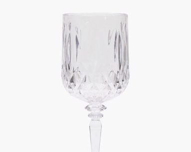 KZN095 – PLASTIC WINE GLASS (R9 each to hire)