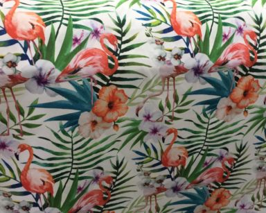 GP035 – TROPICAL FLAMINGO TABLECLOTH (R40 to hire)