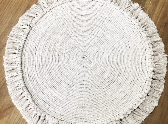 GP043-MACRAME PLACEMAT (R30 each to hire)